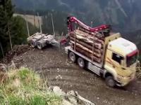 Niesamowite umiejętności kierowców ciężarówek // Amazing driving skills