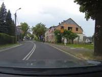 Janusz w Paseratti bierze się za wyprzedzanie autobusu
