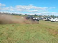 Nietypowe przeciąganie liny (auto, czołg, traktor, statek)