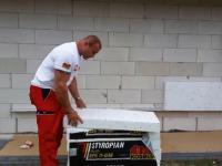 Mariusz Pudzianowski ociepla dom