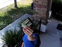 Uczciwy chłopak zwrócił znaleziony portfel z 1500 dolarami