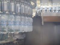 ak produkowana jest woda źródlana? - Fabryki w Polsce