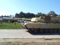M1 Abrams - pokaz szybkości i mobilności czołgu US Army