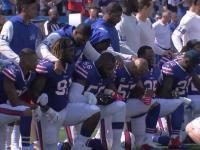 """Protest graczy NFL na słowa Trumpa-""""weźcie tego sukinsyna z pola w tej chwili!"""""""