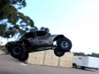 VW Beetle terroryzuje miasto