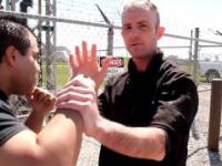 Jak prawidłowo rozpoznać wciskających kit trenerów sztuk walki