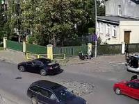 Malbork: Pies wpadł pod radiowóz