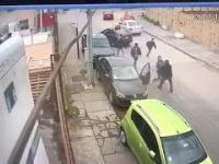 Bandyci ukradli robotnikowi samochód,nagle z odsieczą przybywają koledzy z pracy