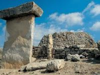 Zagadka Niezwykłych Budowli ze Starożytnej Minorki