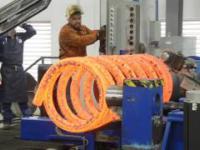 Produkcja półtonowej sprężyny na potrzeby przemysłu naftowego