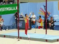 Pokaz umiejętności w ćwiczeniach na kółkach gimnastycznych