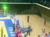 Wielka bójka między drużynami koszykówki w chińskiej NBLj NBL by JUST VIDEO - Dailymotion
