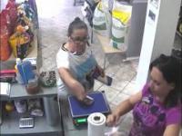 Niecodziennie spotykana kradzież zarejestrowana kamerą przemysłową