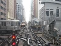 System komunikacji kolejowej w Chicago w całej okazałości jego absurdalności.