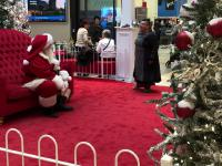 Święty Mikołaj zdemaskowany przez zdenerwowaną kobietę