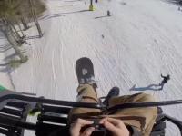 Ludzie spadający z wyciągów narciarskich - kompilacja