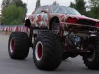 monster truck miażdży