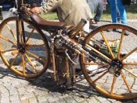 Pierwszy motocykl z silnkiem parowym. Zbudowany w XIX wieku!