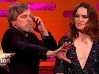Mark Hamill prezentuje, jak używać mocy. Ty też możesz zostać Jedi!
