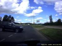 Kierowca BMW postanowił sobie zawrócić