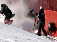 Upadek szwajcarskiej gwiazdy w narciarstwie alpejskim wprost w fotoreporterów