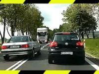 Wyprzedzanie na zakręcie oraz inne karygodne przypadki z polskich dróg