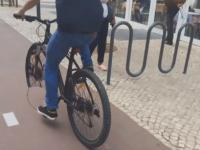 Jak usunąć koło od roweru w Photoshopie