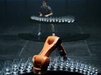 Pojedynek człowieka z robotem w muzycznym zadaniu