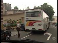 Nauka jazdy - Jak nie zatrzymywać autobusu [stłuczka]
