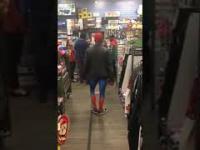 Spiderman tańczy