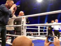 Burda po walce bokserskiej w Berlinie