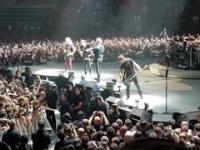 Metallica dedykuje