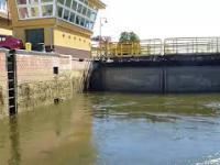 Tramwaj wodny Bydgoszcz - śluzowanie