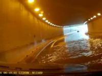 Test hamulców i czarna łódź podwodna