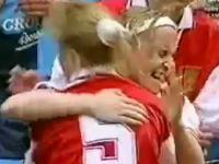 Finał żeńskiego FA Cup 98 Arsenal 3-2 Croydon. Wielki festiwal nieporadności.