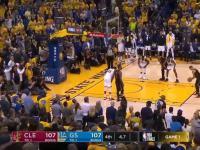 Absurdalna sytuacja z finałów NBA.