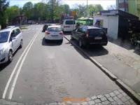Blokowanie drogi przed skrzyżowaniem Szczecin