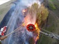 Gaszenie pożaru przy użyciu helikoptera