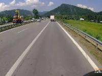 Kierowca ciężarówki wymusza pierwszeństwo i jeszcze się chwali, że dał lekcję innemu kierowcy