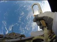 2 minuty na orbicie Ziemi