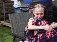 Kolejna dziewczynka dowiaduje się, że została adoptowana