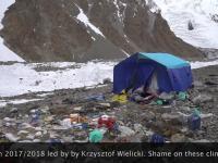 Syf po polskich himalaistach pod K2