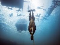 Rekord świata w nurkowaniu na bezdechu. Rosjanin zanurkował na głębokość 130 m