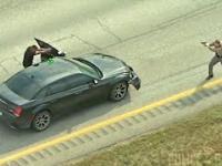 Pościg, postrzelony policjant i błyskawiczna ewakuacja z użyciem helikoptera