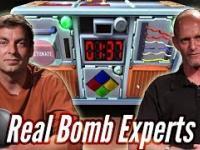 Prawdziwi saperzy grają w grę o rozbrajaniu bomb