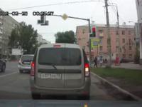 Pół minuty na rosyjskim skrzyżowaniu
