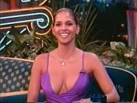 Halle Berry w 1998 i jej dwa