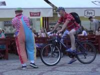 Gdy jedziesz sobie spokojnie rowerkiem i nagle...