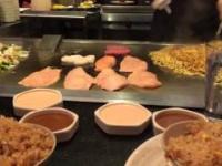 Niesamowite umiejętności japońskiego kucharza