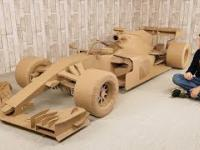 Jak zbudować bolid F1 z tektury